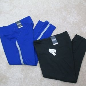 2 VICTORIAS SECRET Sport Blue Black CAPRI Leggings